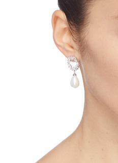 HEFANG 贝壳珍珠吊坠方晶锆石宫廷蕾丝耳环