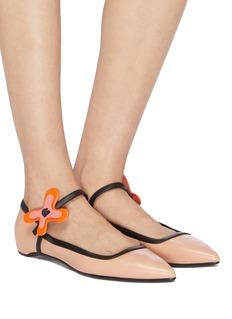PIERRE HARDY Bloom花卉搭带真皮平底鞋