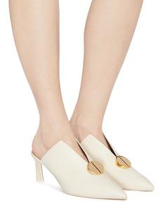 MERCEDES CASTILLO Ainsley金属圆形缀饰切割高跟穆勒鞋