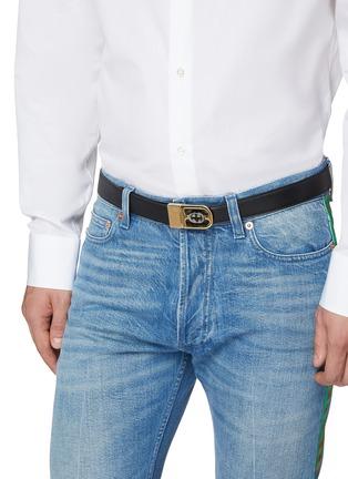 模特儿示范图 - 点击放大 - GUCCI - GG两面用真皮腰带