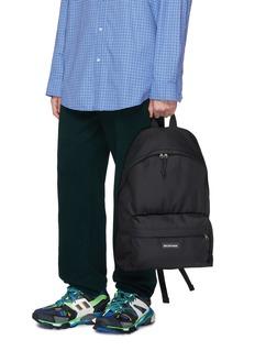 Balenciaga Explorer品牌名称皮饰双肩包