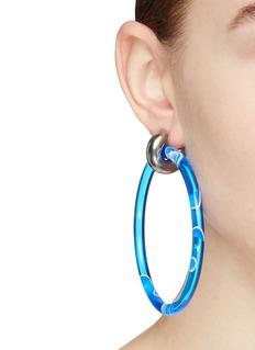 Balenciaga 小号板材圆环耳环