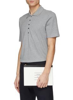 Thom Browne 品牌标志拼色荔枝纹真皮手拿包