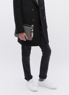 PIERRE HARDY 条纹缀饰立体几何图案手拿包