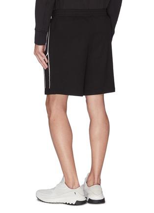 背面 - 点击放大 - BLACKBARRETT - 拼色几何条纹侧拉链短裤