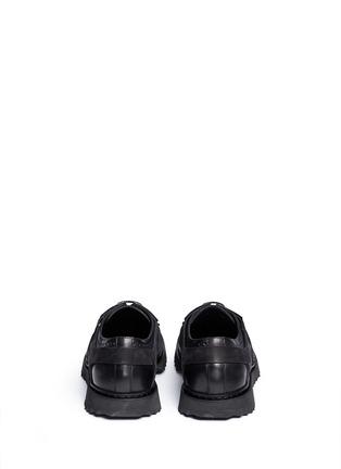 背面 - 点击放大 - NEIL BARRETT - MOLECULAR HYBRID金属片雕花装饰德比鞋