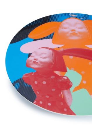 细节 –点击放大 - X+Q - 《我看到了幸福》骨瓷圆盘-蓝橙