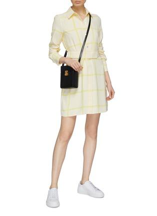 模特儿示范图 - 点击放大 - Equipment - Edwidge条纹及暗格纹图案衬衫裙