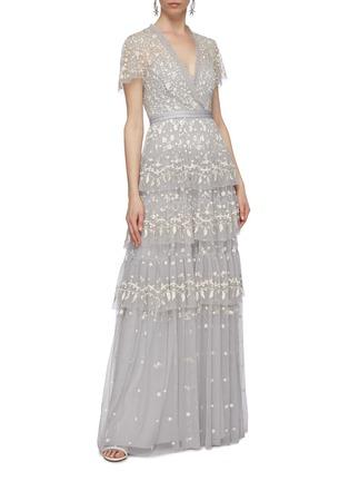 模特儿示范图 - 点击放大 - Needle & Thread - Angelica花卉刺绣层叠木耳边网纱礼服裙