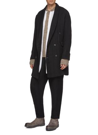 模特儿示范图 - 点击放大 - Uma Wang - 青果领双排扣初剪羊毛混亚麻及棉大衣