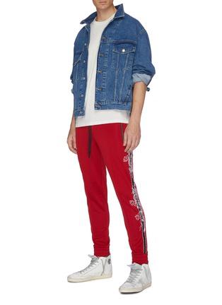 模特儿示范图 - 点击放大 - Amiri - 破洞细节纯棉T恤