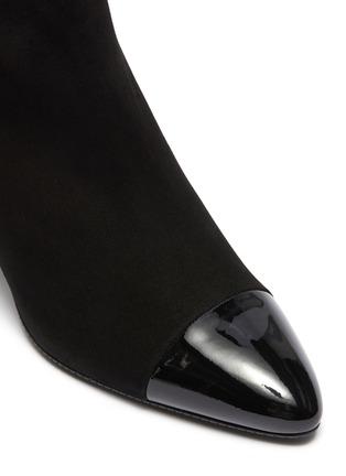细节 - 点击放大 - Stuart Weitzman - Jill漆皮拼接绒面真皮粗跟短靴