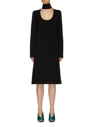 首图 - 点击放大 - Bottega Veneta - 挖剪高领针织小黑裙