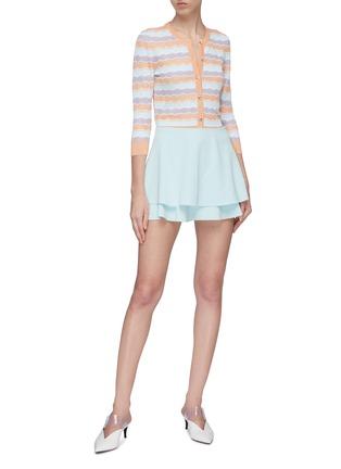 模特儿示范图 - 点击放大 - alice + olivia - Mave褶裥层叠设计半裙