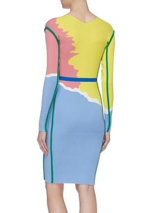 背面 - 点击放大 - i-am-chen - 抽象拼色条纹V领针织连衣裙