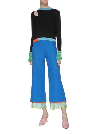 模特儿示范图 - 点击放大 - i-am-chen - 布饰拼接条纹美丽诺羊毛针织阔腿裤
