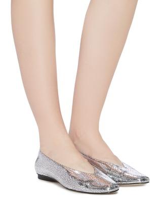 模特儿示范图 - 点击放大 - PEDDER RED - Abe V形鞋口裂纹真皮平底鞋