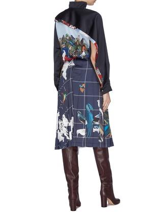 模特儿示范图 - 点击放大 - Cédric Charlier - 金属丝线点缀西服夹克