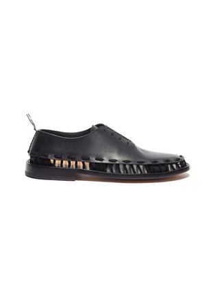 首图 - 点击放大 - Bottega Veneta - 穿插编绳切割细节小牛皮德比鞋
