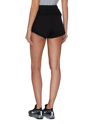 背面 - 点击放大 - P.E NATION - Traverse品牌名称裤腰侧条纹功能弹力短裤