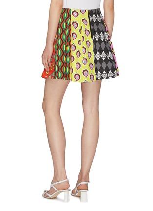 背面 - 点击放大 - alice + olivia - x Carla Kranendonk几何印花褶裥半裙