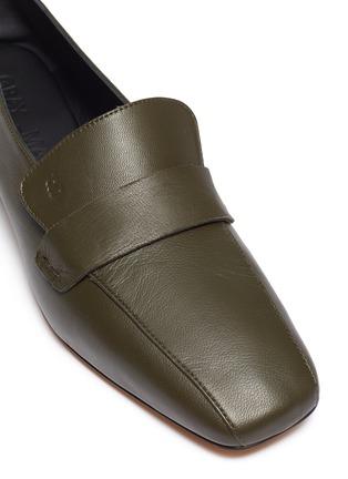 细节 - 点击放大 - Gray Matters - Comoda真皮粗跟乐福鞋