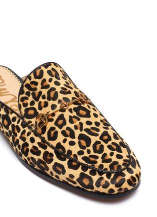细节 - 点击放大 - Sam Edelman - Linnie金属搭带豹纹牛毛乐福拖鞋