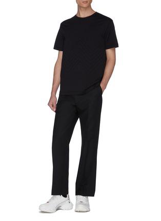 模特儿示范图 - 点击放大 - BOTTEGA VENETA - 立体人字纹纯棉T恤