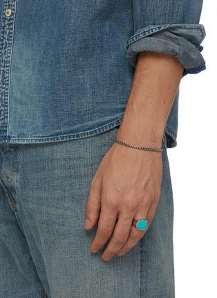 模特儿示范图 - 点击放大 - TOM WOOD - Cushion绿松石纯银戒指