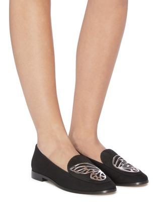 模特儿示范图 - 点击放大 - Sophia Webster - Butterfly翅膀点缀绒面真皮乐福鞋