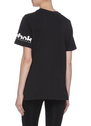 背面 - 点击放大 - VICTORIA BECKHAM - x Reebok品牌名称T恤