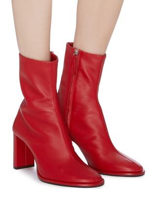 模特儿示范图 - 点击放大 - THE ROW - Teatime真皮粗跟短靴