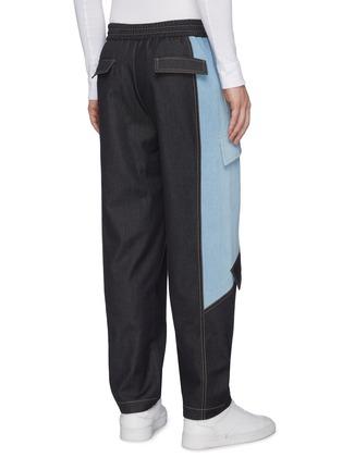 背面 - 点击放大 - FENG CHEN WANG - 抽绳裤腰翻盖口袋拼色纯棉牛仔裤