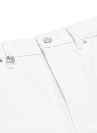 x 连卡佛Bite a字母仿水晶须边纯棉牛仔短裤展示图