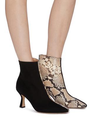 模特儿示范图 - 点击放大 - Fabio Rusconi - Camo绒面真皮拼接鳄鱼纹真皮高跟短靴