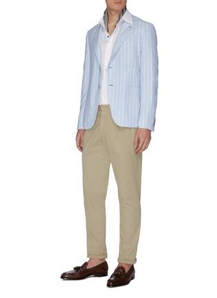 模特儿示范图 - 点击放大 - LARDINI - 翻领亚麻衬衫