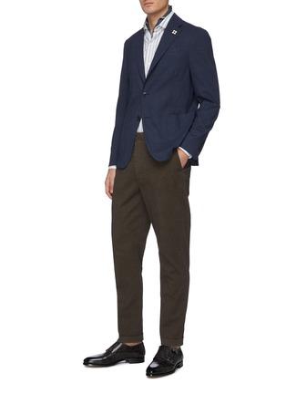 模特儿示范图 - 点击放大 - Lardini - 平驳领防泼水混羊毛西服外套