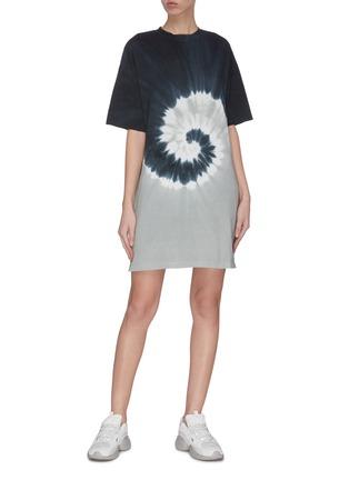 模特儿示范图 - 点击放大 - NINETY PERCENT - 扎染抽象图案有机棉连衣裙