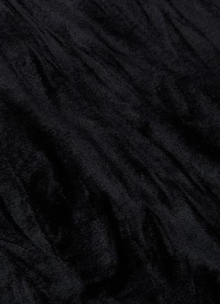 - NINETY PERCENT - V领露背侧开衩无袖连衣裙