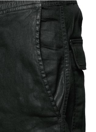 细节 - 点击放大 - RICK OWENS DRKSHDW - 涂层弹性棉料低裆牛仔裤
