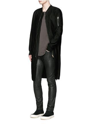 模特儿示范图 - 点击放大 - RICK OWENS DRKSHDW - 长款棉质大衣