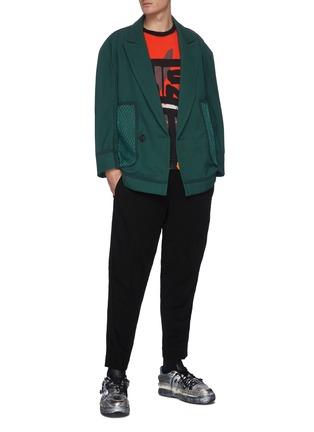 模特儿示范图 - 点击放大 - PRONOUNCE - 枪驳领网眼点缀拼贴口袋羊毛大衣