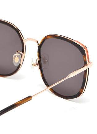 细节 - 点击放大 - STEPHANE + CHRISTIAN - VENI玳瑁纹几何镜框金属拼接板材太阳眼镜