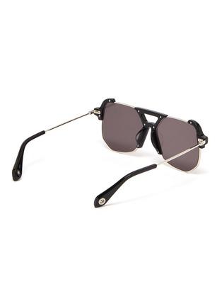模特儿示范图 - 点击放大 - STEPHANE + CHRISTIAN - D形镜框板材拼接金属太阳眼镜