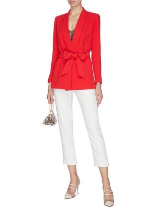 模特儿示范图 - 点击放大 - ALICE + OLIVIA - DENNY系带青果领英文字西服外套