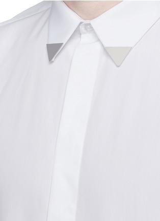细节 - 点击放大 - GIVENCHY - 三角领饰纯棉府绸衬衫