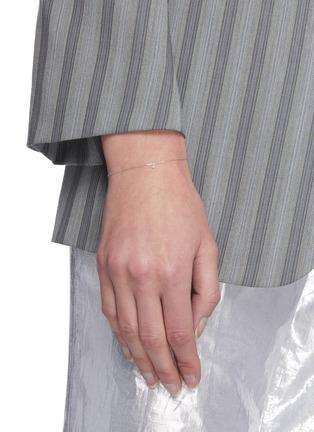 模特儿示范图 - 点击放大 - PERSÉE PARIS - DANAE钻石白金吊坠手链