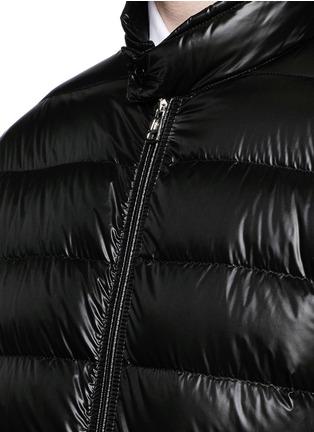 细节 - 点击放大 - MONCLER - ACORUS羽绒夹克