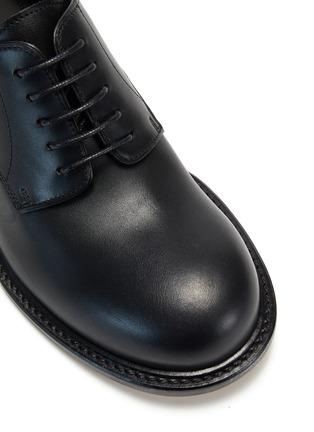 细节 - 点击放大 - MAISON MARGIELA - 幻彩圆头真皮德比鞋