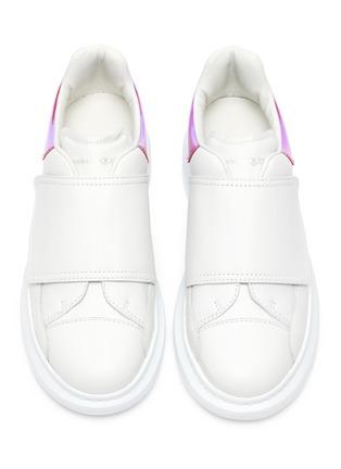 模特儿示范图 - 点击放大 - ALEXANDER MCQUEEN - 儿童款魔术贴真皮厚底运动鞋